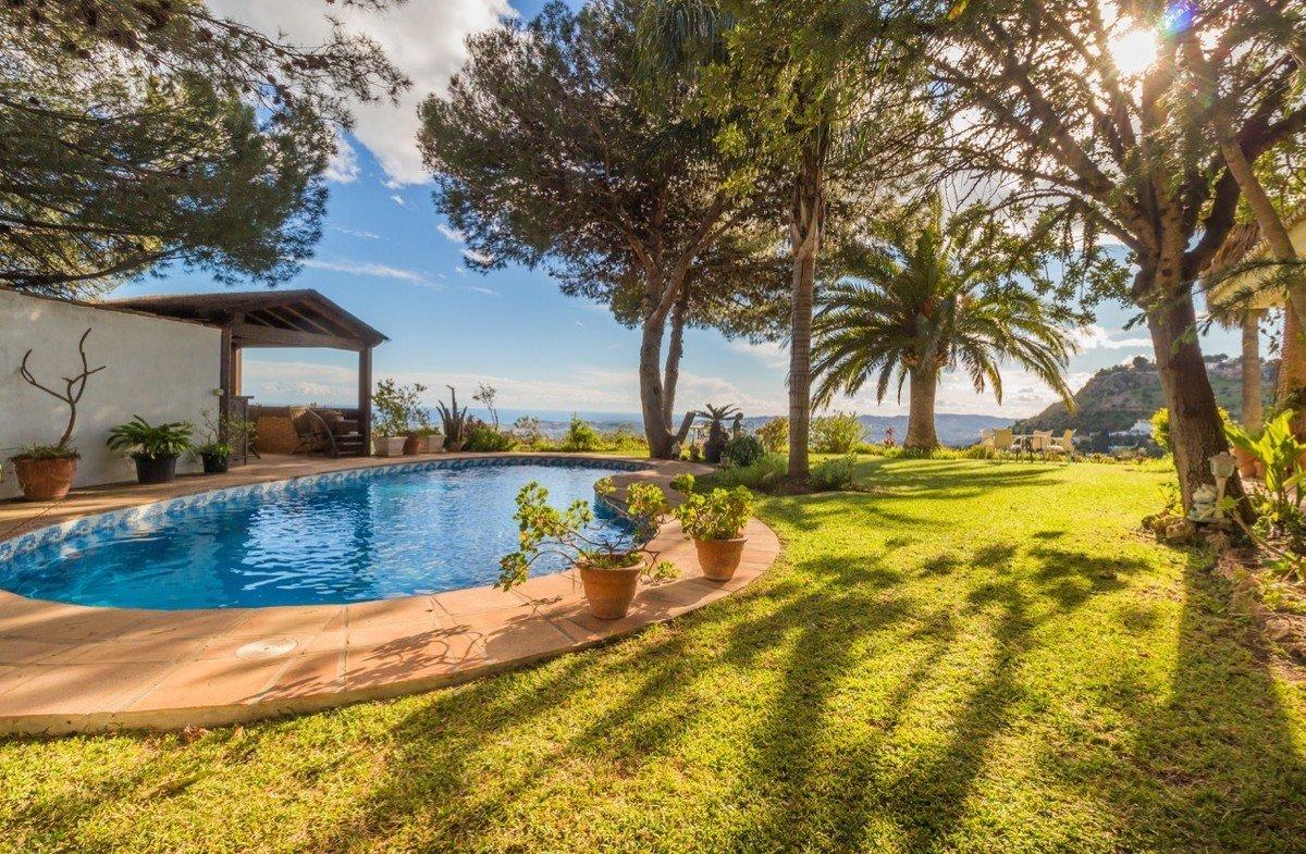Villa te koop in Mijas