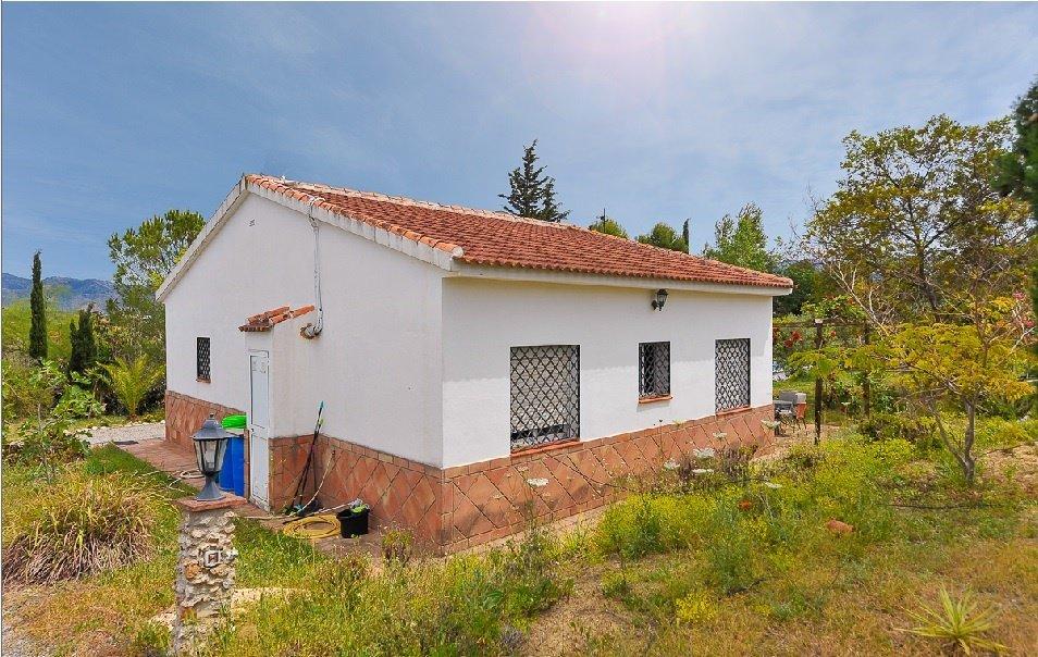 Villa for sale in Alhaurin el Grande