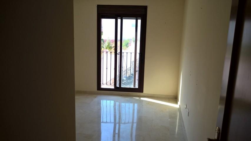 3-bed- apartment for Sale in Benahavis