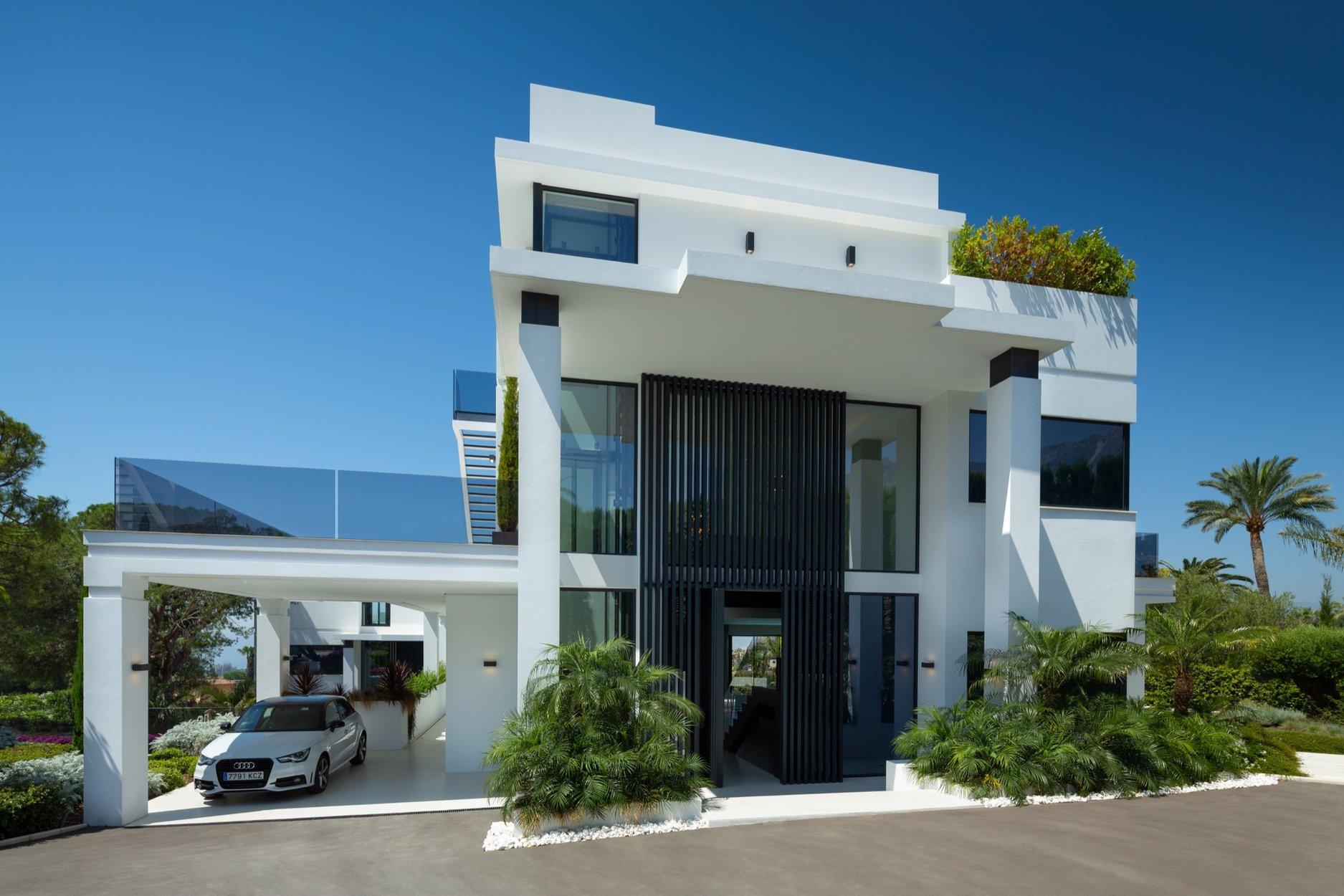 5-bed- villa for Sale in Marbella