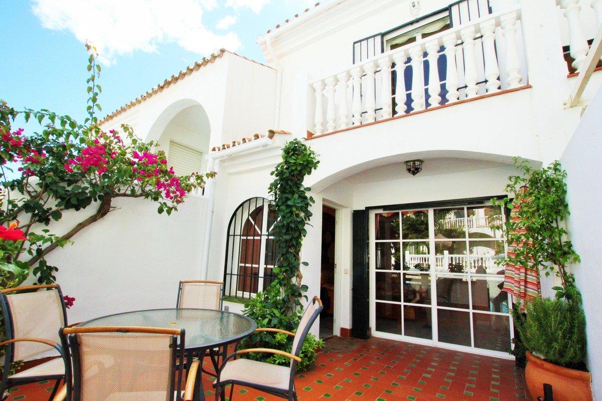 Town house te koop in Riviera del Sol