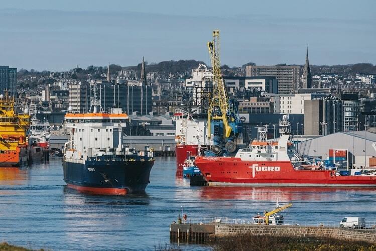 Aberdeen Harbour 500 min