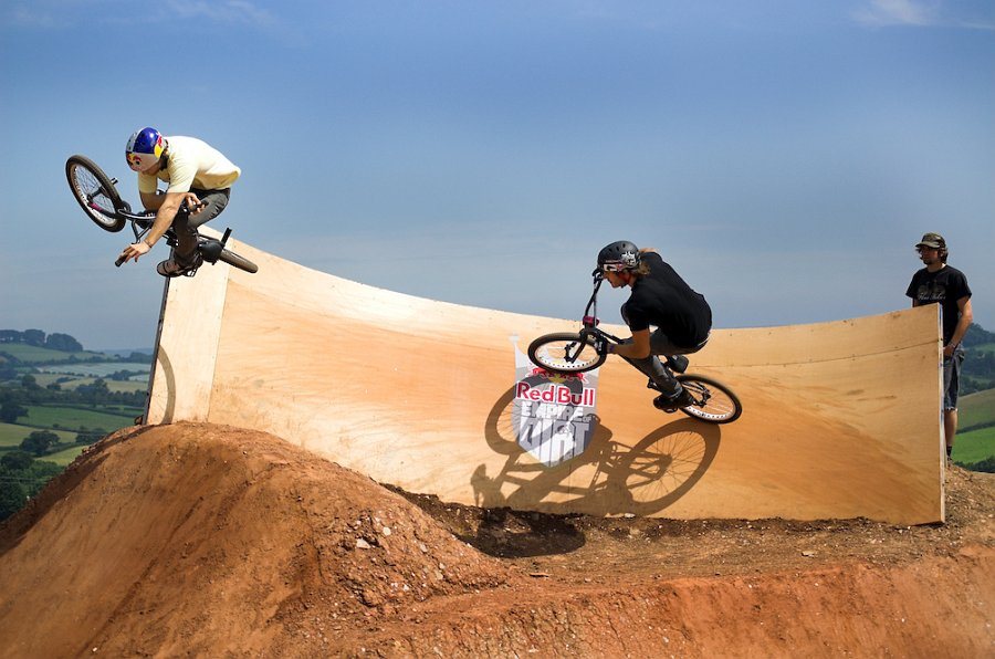 Shot of Sergio Layos doing a sweet flat table out of the wall on the exit of the dirtpipe at the 2008 Empire of Dirt