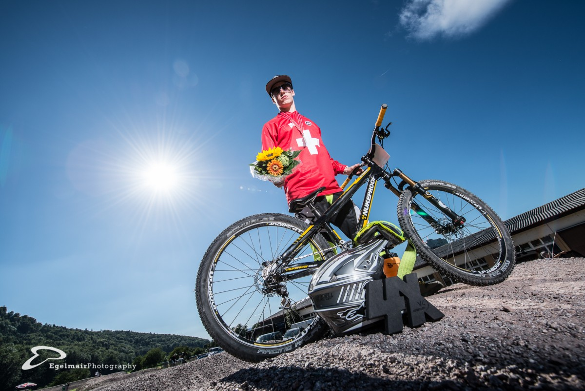 Simon Waldburger kann sich zum ersten Mal den Titel des Nationalen Meister sichern (nebst dem Sieg beim Swiss 4Cross Cup und des Pumptrack Night Race) (Foto: EgelmairPhotography – Christian Egelmair)