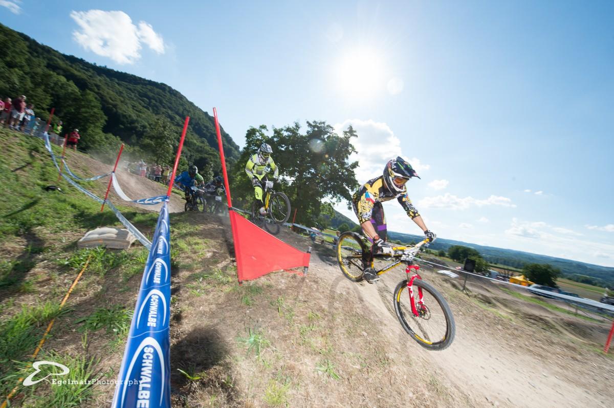 Vizeweltmeister Michael Mechura liess es sich nicht nehmen am Swiss 4Cross Cup Rennen teilzunehmen (Foto: EgelmairPhotography – Christian Egelmair)
