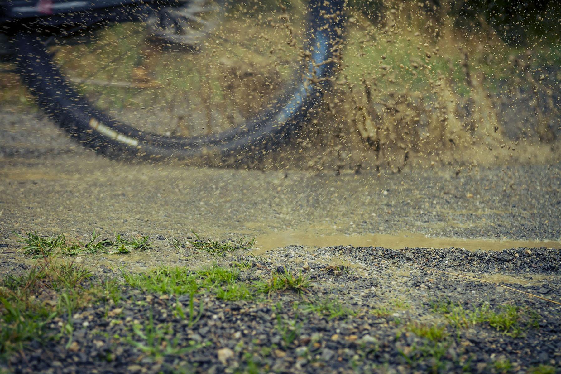 Regen und Matsch am Rennsonntag!