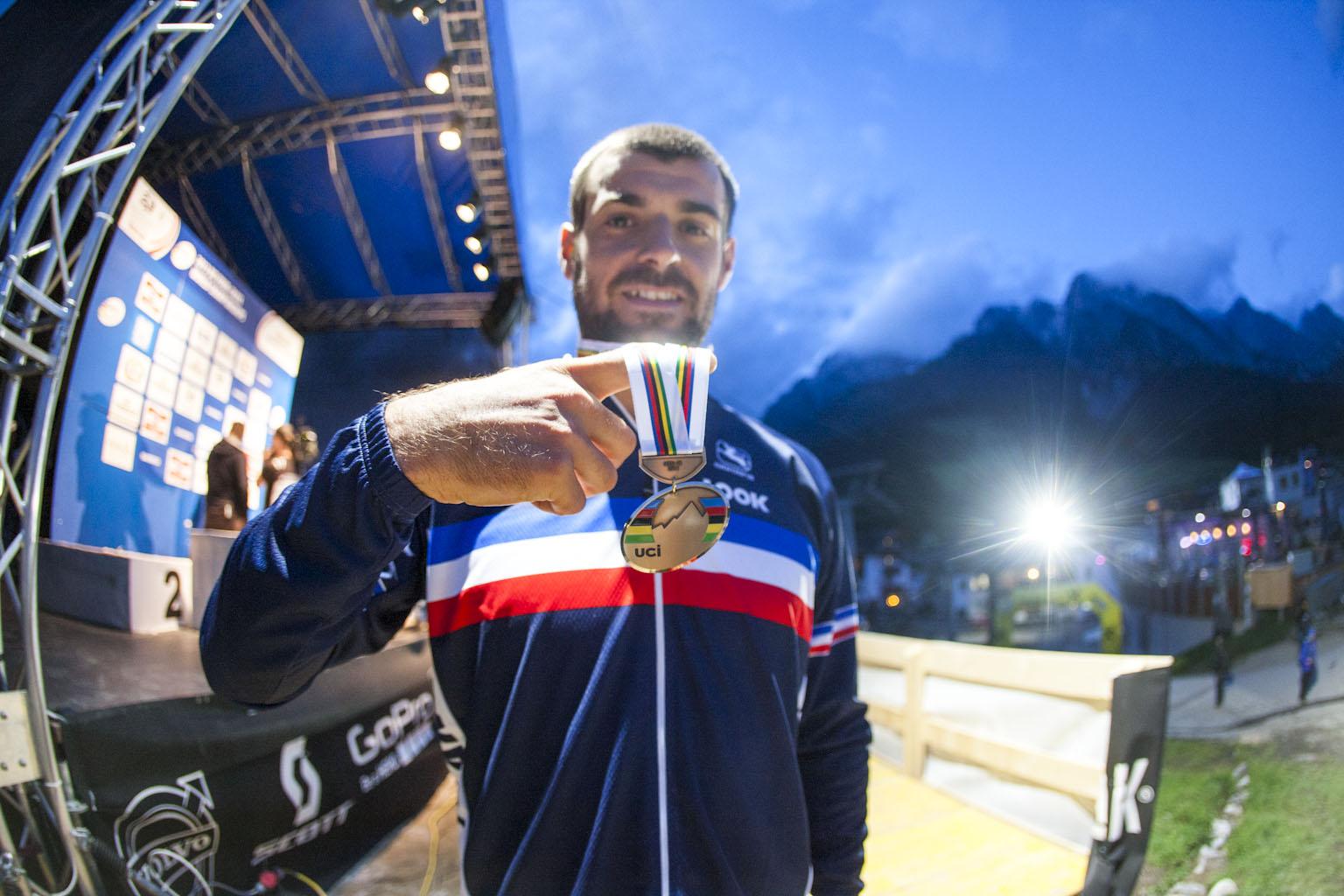 Quentin Derbier mit der Bronze-Medaille bei der 4Cross Weltmeisterschaft