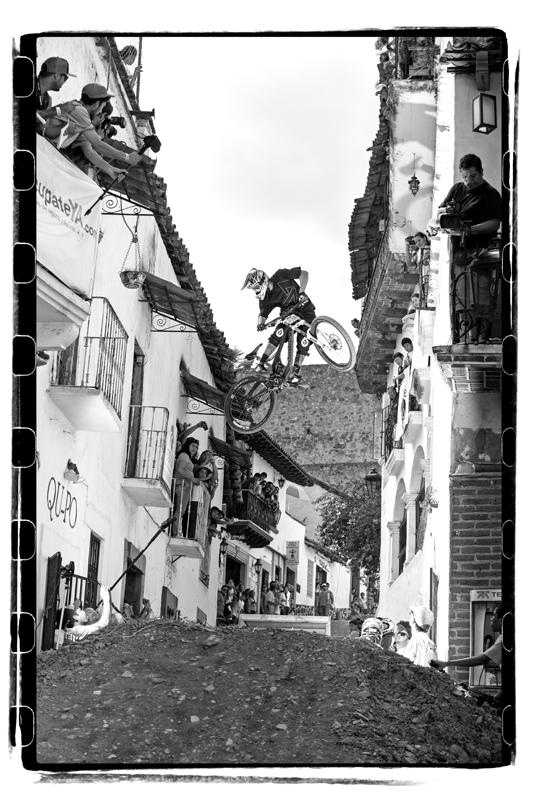 ©ALFREDO MARTINEZ