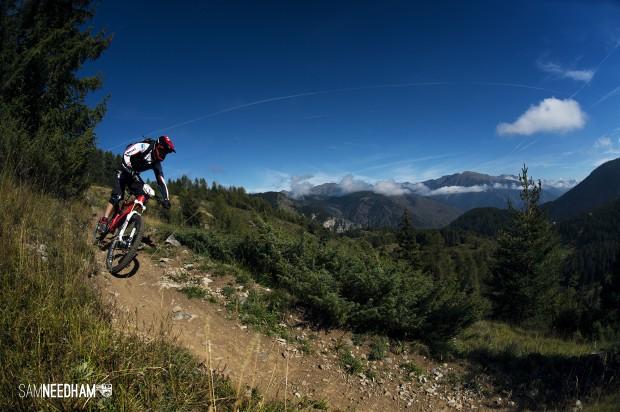 Bei den Fahrern der Trans Provence herrscht ein sehr hohes technisches Level und sehr viel Kondition, hier Nicolas Lau vom Cube Action Team.
