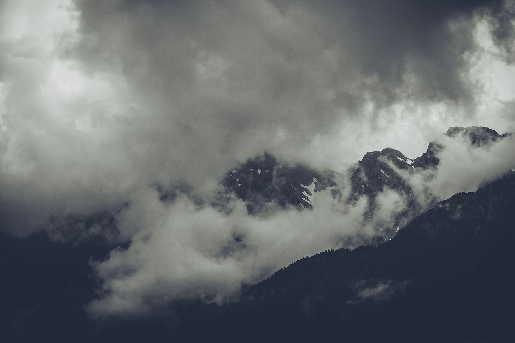 Aus dem Nichts zogen dunkle Wolken auf!