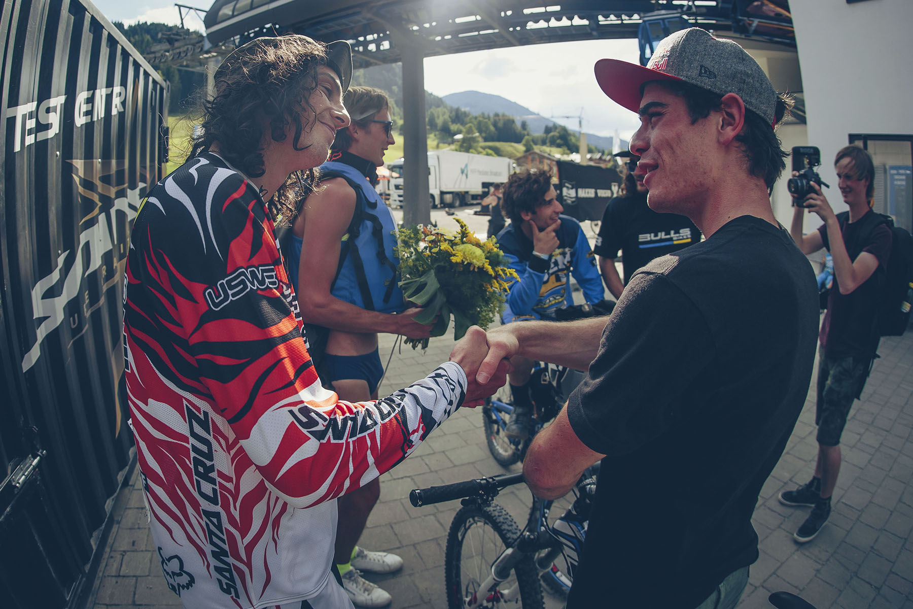 No hard feeling, Josh even though taking the win, was genuinely gutted for Bruni after his crash.