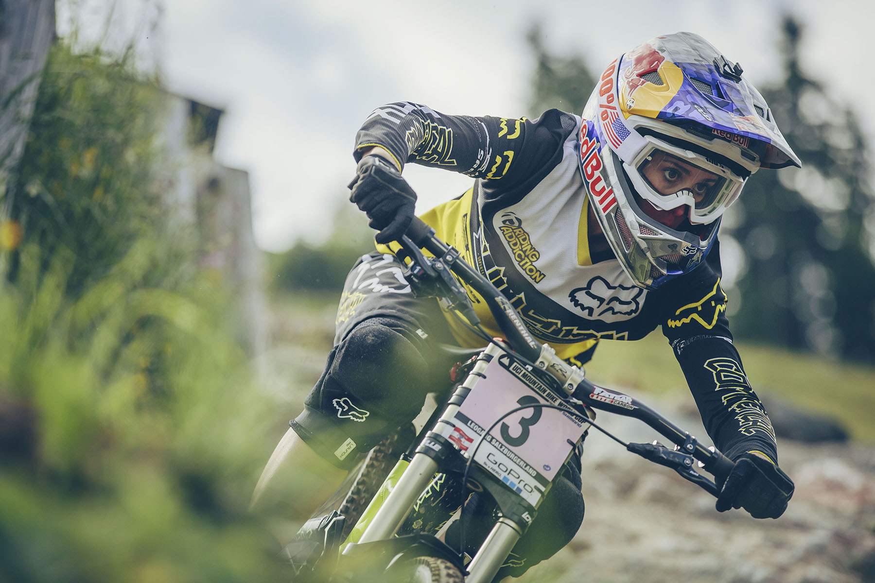 Myriam Nicole setting her season in motion last weekend with 2nd place at Fort William. Crossing the line today she bags herself another podium and putting her in closer reach for the overall. She talks about her 3rd place run.