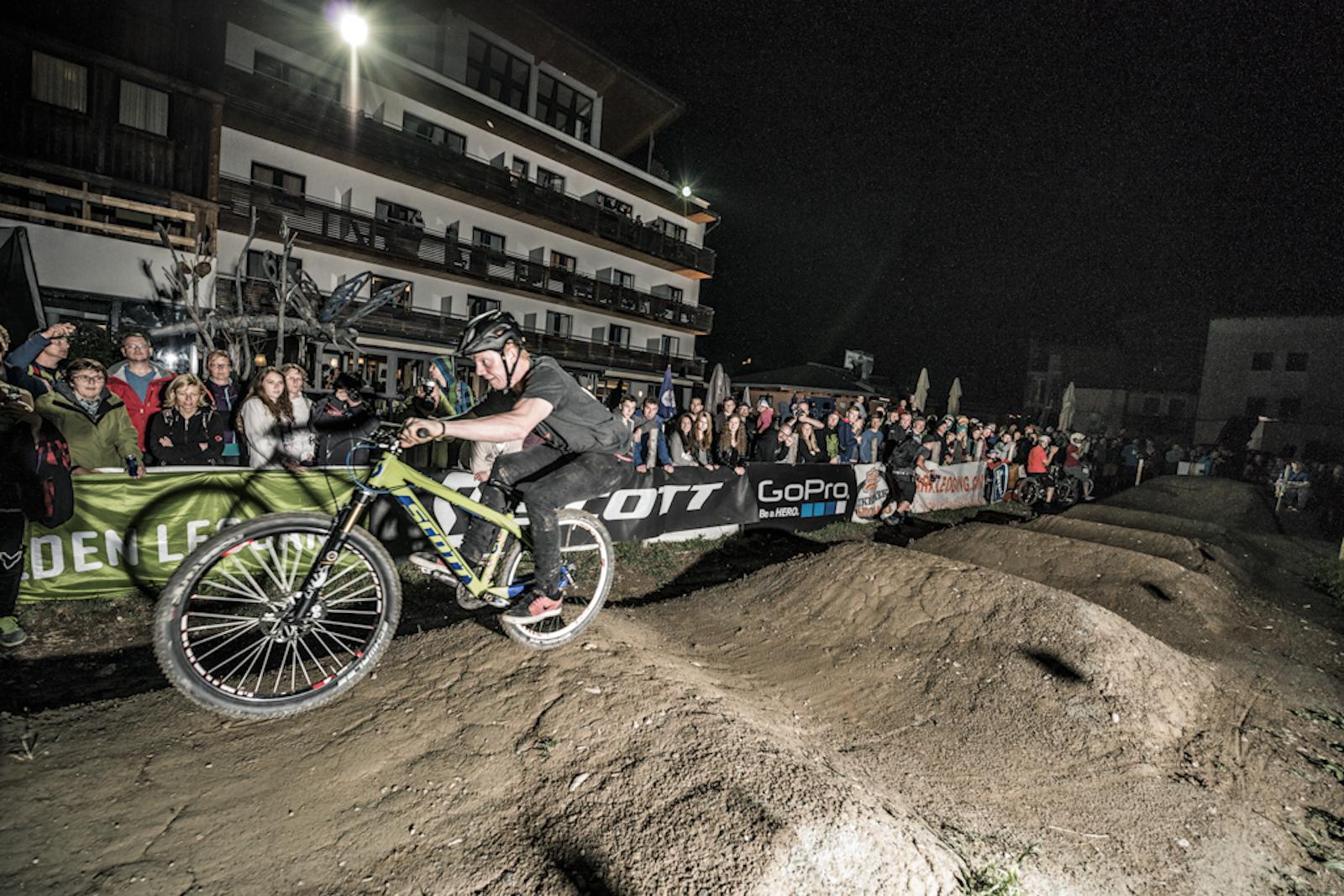 Pumptrack-Race by Bartek Wolinski