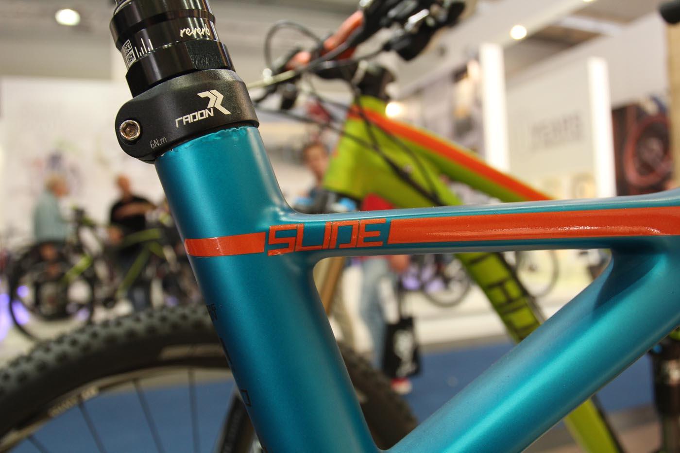 Slide Carbon 27,5 9.0