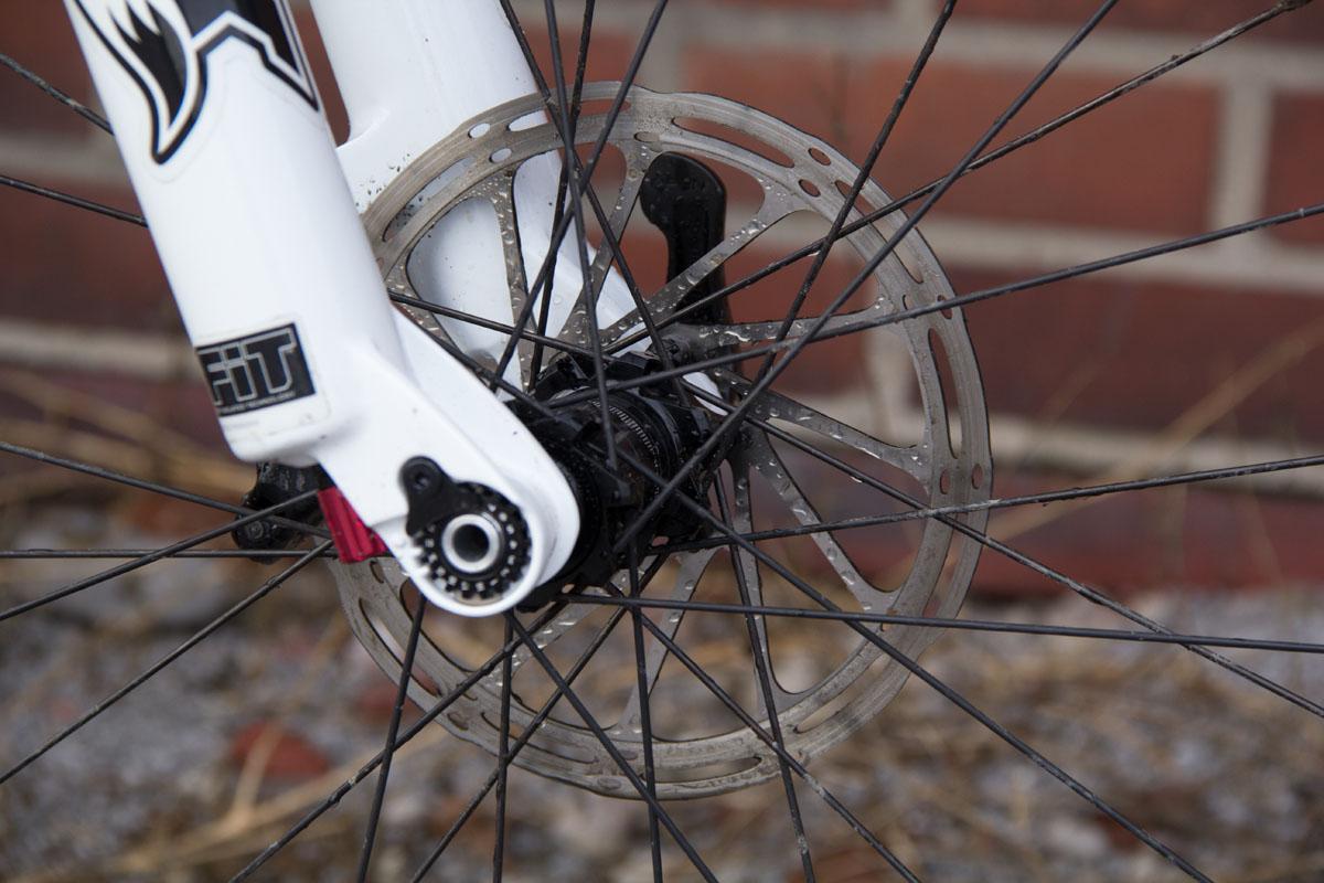 Wirken auf den ersten Blick recht klein - 160 mm Bremsscheiben. ©Martina Bogott