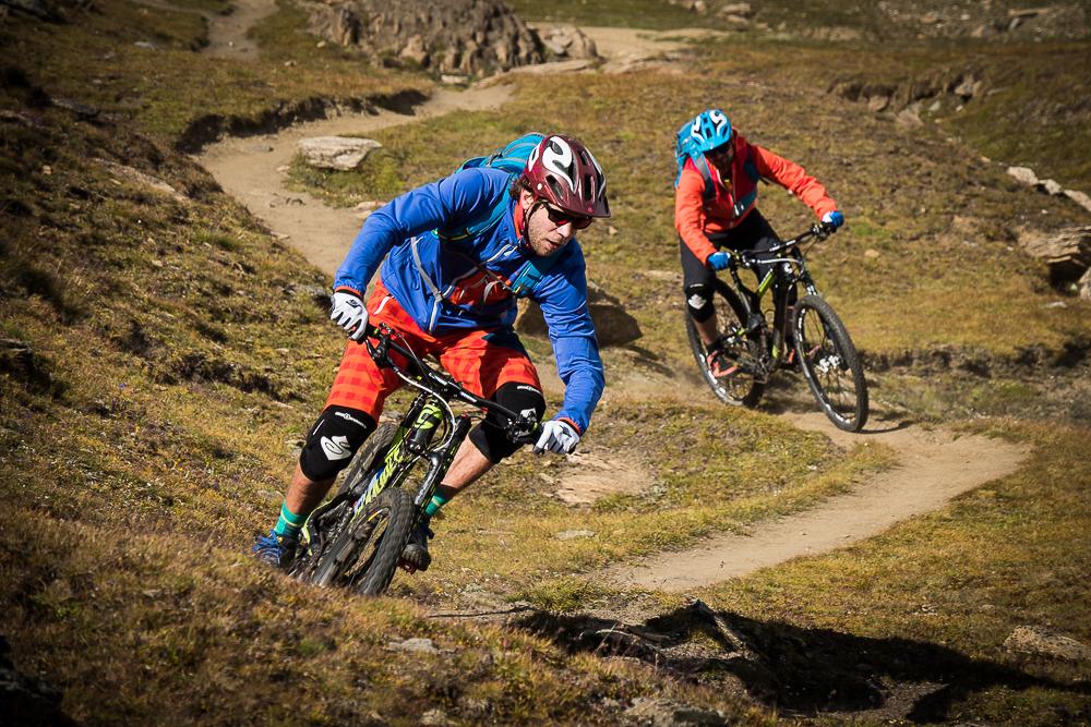 Schnell und spassig: die Trails unterhalb von Sunnegga.© Tom Malecha / Filme von Draussen