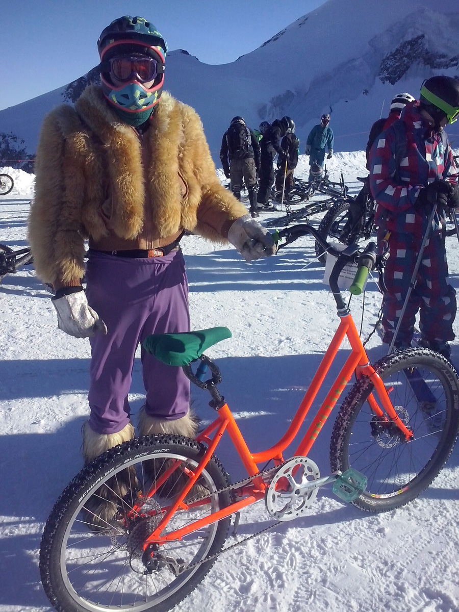 saas fee glacier downhill