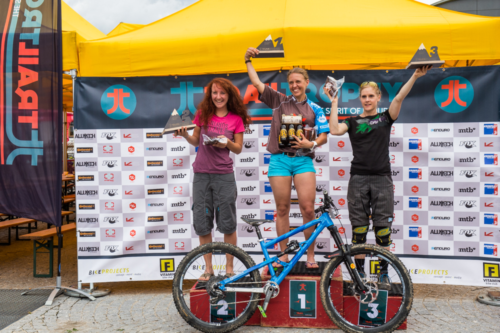 Sieger Pro Class Women. TRAILTROPHY/Wisthaler.com-Schwienbacher