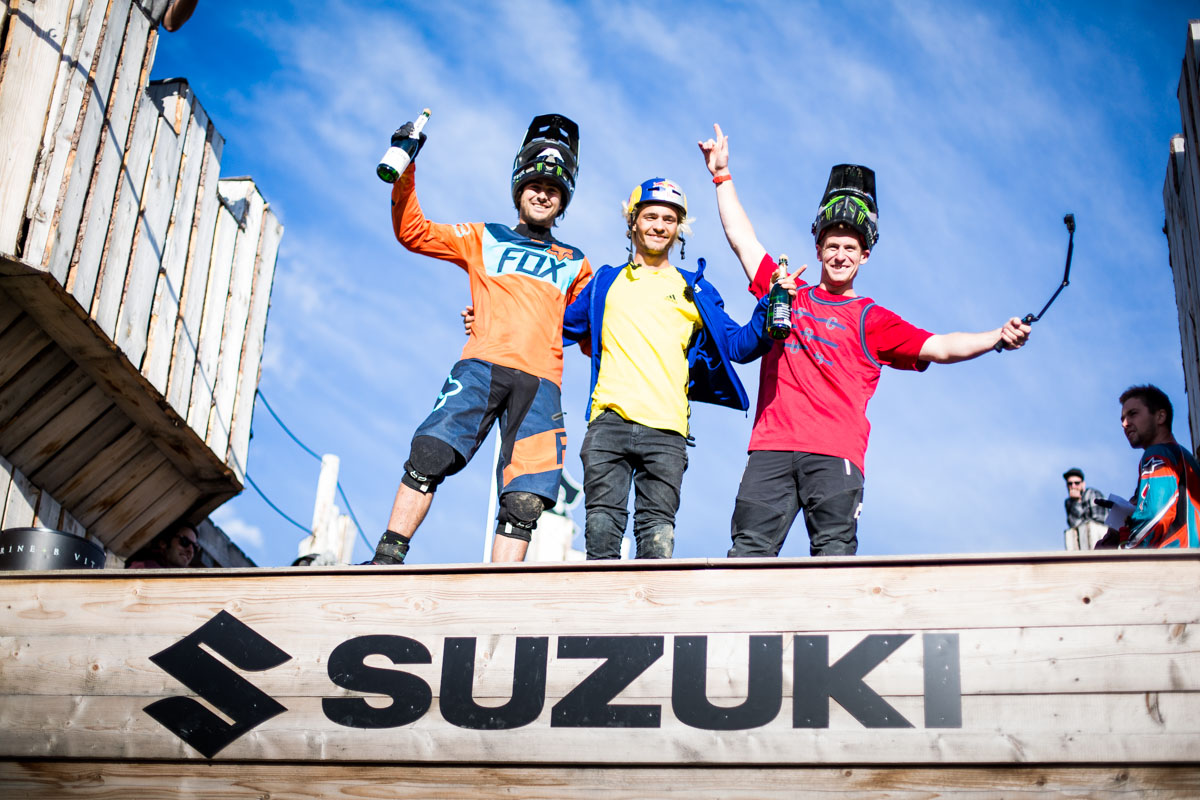 Suzuki_Nine_Knights_2015__day6_lifestyle_Sam Reynolds, Sam Pilgrim, Peter Henke_david_malacrida_distillery_nbh_LR