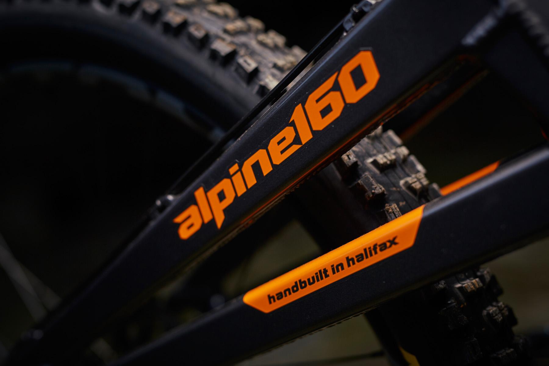 _MG_2097 Orange Alpine 160 Factory