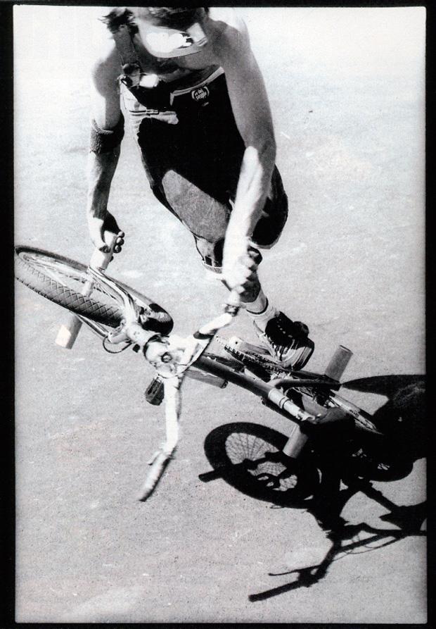 Ausgabe 29: Matti Röse spint auf Pedal und Hinterrad
