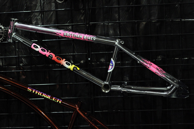 Bei Hoffman Bikes hat man die erste Ausgabe des Condor-Rahmens noch mal mit Orginalstickerset aufgelegt