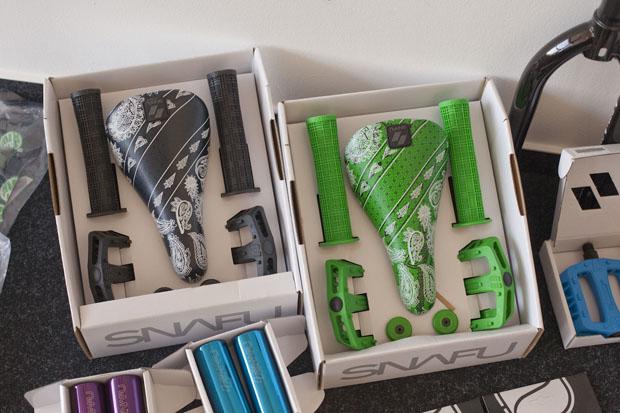 SNAFU-Parts als Geschenkbox in deiner Wunschfarbe