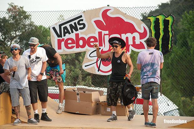 Jesse-Puente-Vans-rebeljam