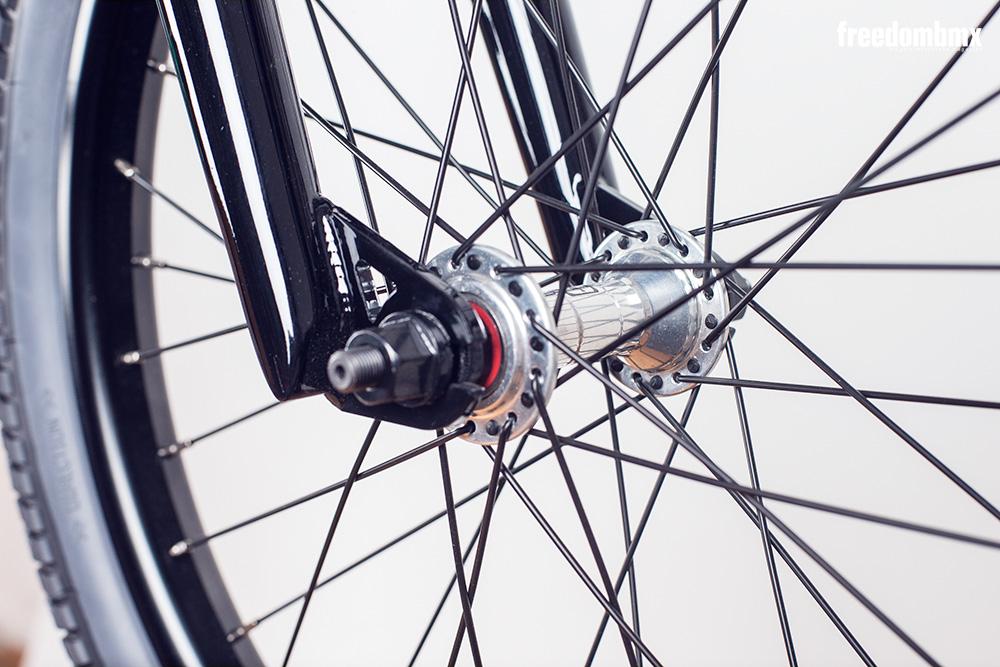 Radio-Bikes-Astron-0002