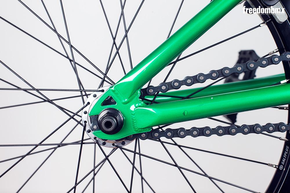 Radio-Bikes-Astron-0005