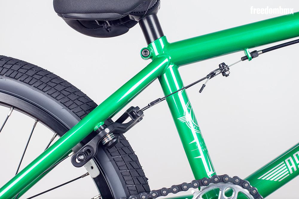 Radio-Bikes-Astron-0006