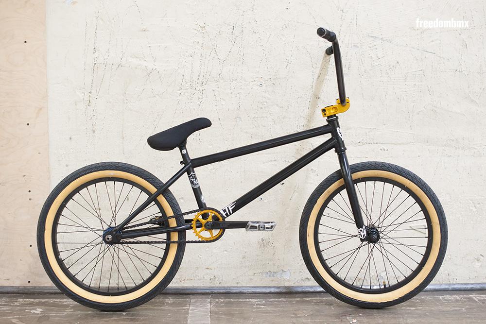 Timothy-Pesth-Bikecheck-1