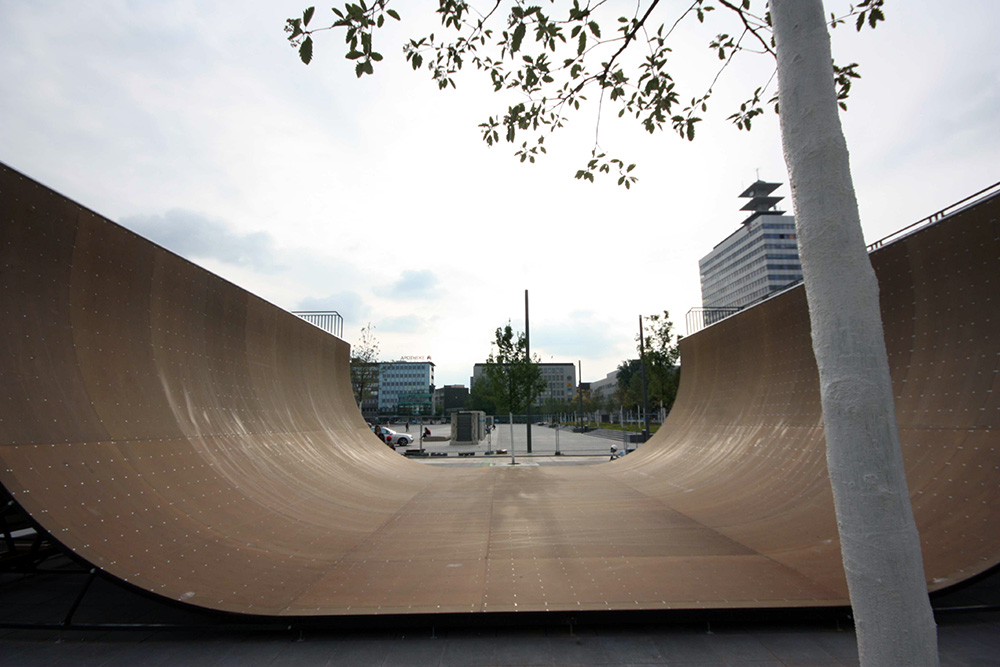 Kesselbrink-Skatepark-Bielefeld-Halfpipe