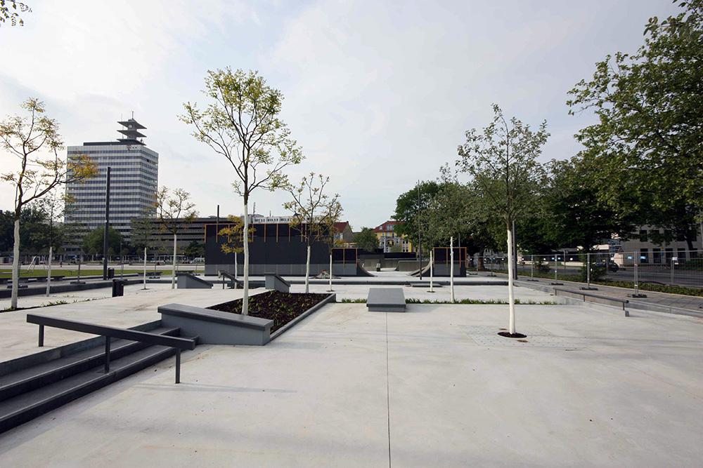 Kesselbrink-Skatepark-Bielefeld-Plaza-3