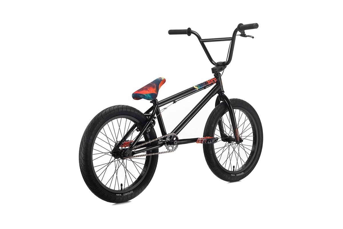 Wie die bei Sunday Bikes wohl auf den Namen für das Galaxy gekommen sind?!