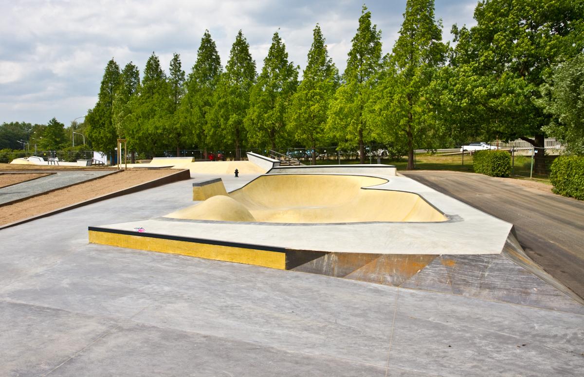 Skatepark Wolfburg Bowl