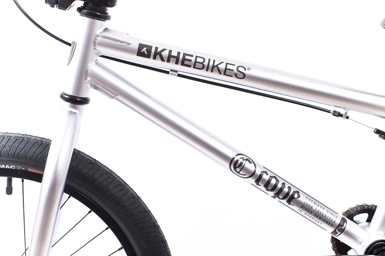 KHEbikes wurde 1988 in Karlsruhe gegründet und ist damit Deutschlands älteste BMX-Firma