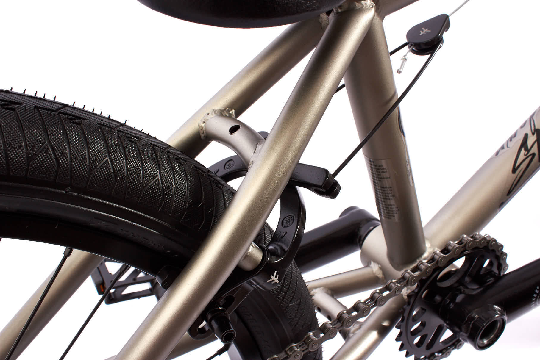 Ein weiteres Highlight ist die U-Brake von Flybikes, die zu dem besten gehört, was der Markt für Bremsen derzeit hergibt