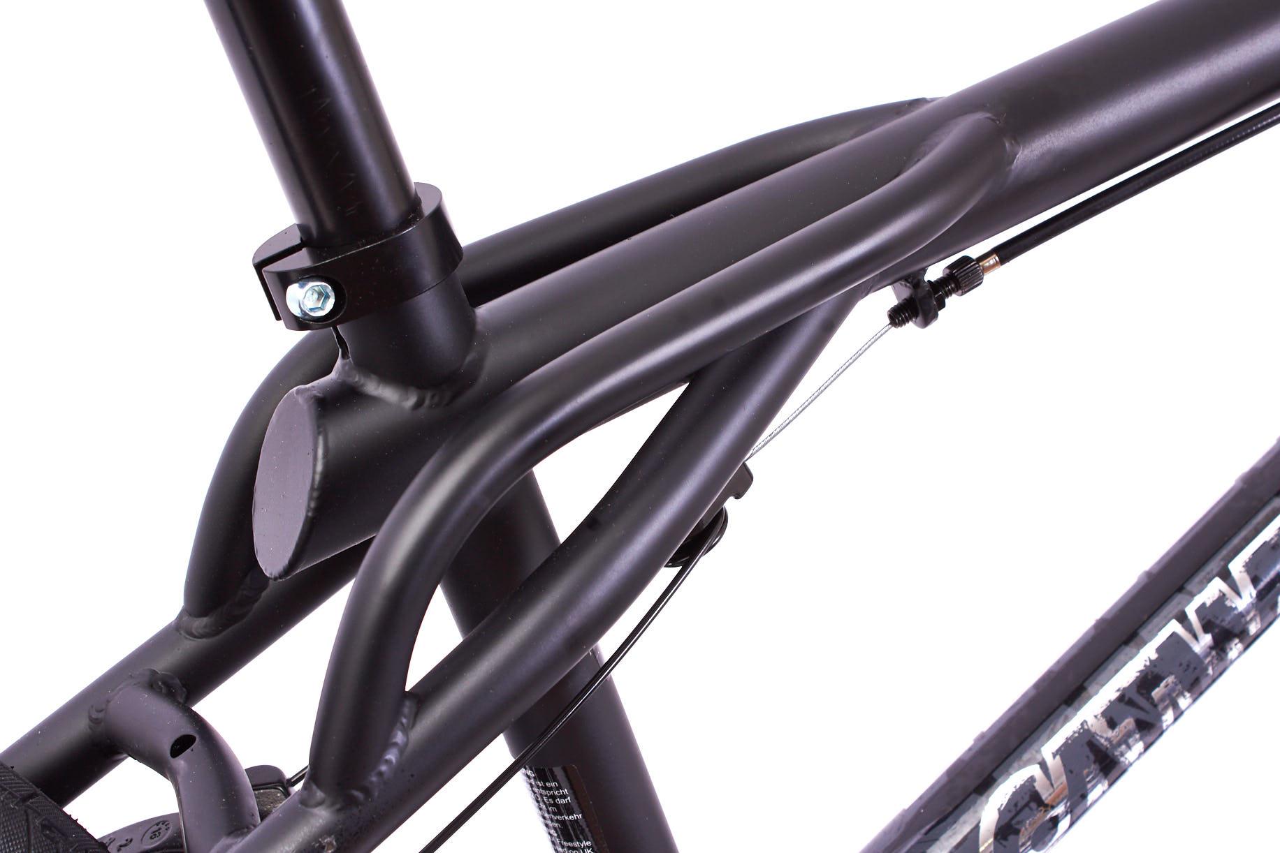 Zu einem richtigen Retro-BMX-Freestlye-Rad gehört selbstverständlich ein Rahmen mit Plattform!