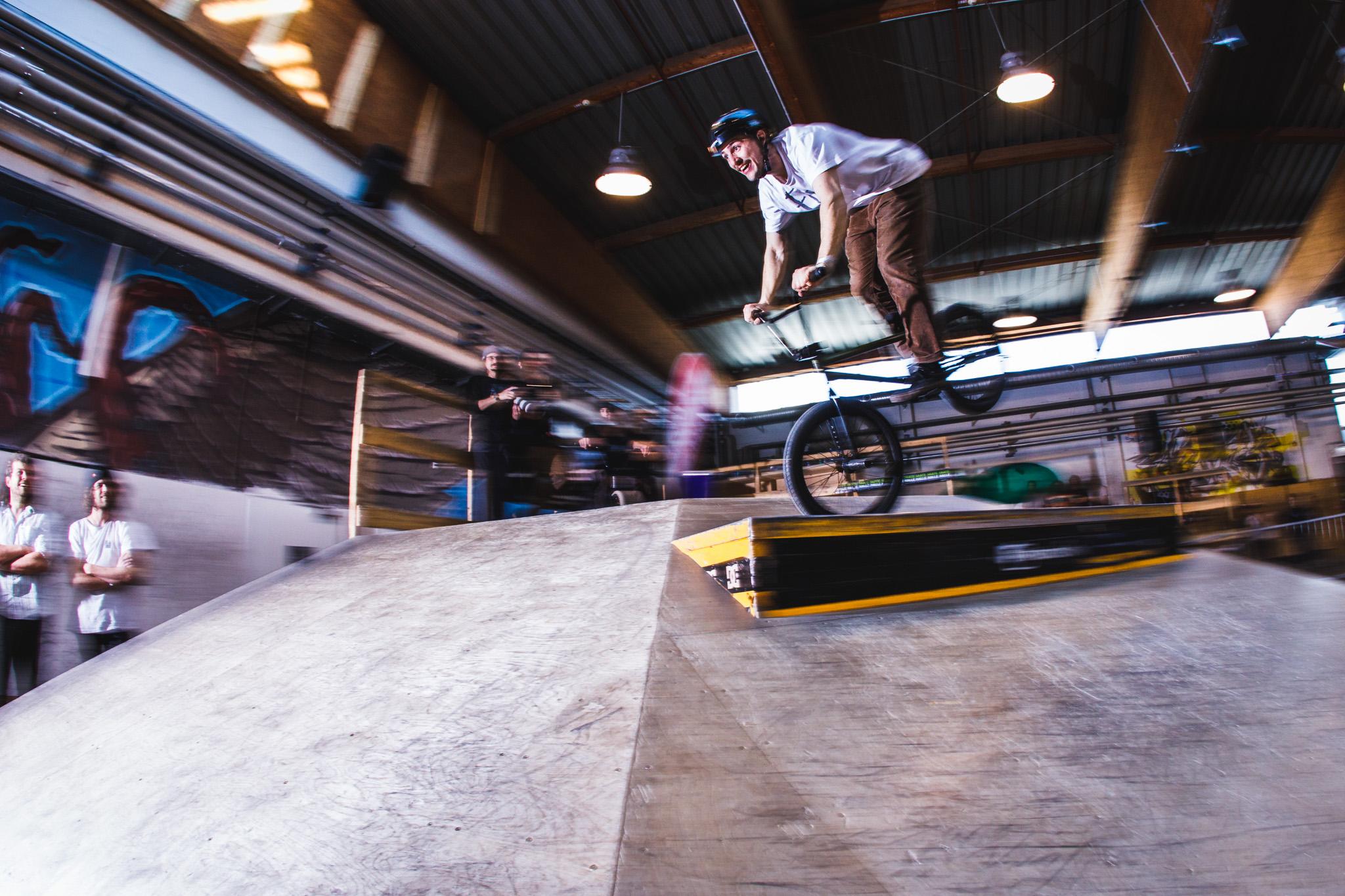 Fabian Bader hat verstanden, dass BMX fahren Spaß machen sollte