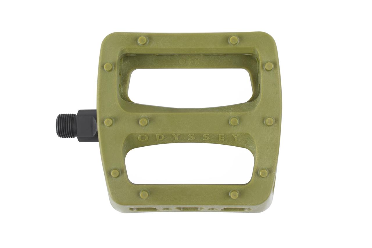 Schnappt sie euch, bevor sie wieder aus dem Programm von Odyssey verschwinden: die Twisted Pro Pedals im limitierten Army Green