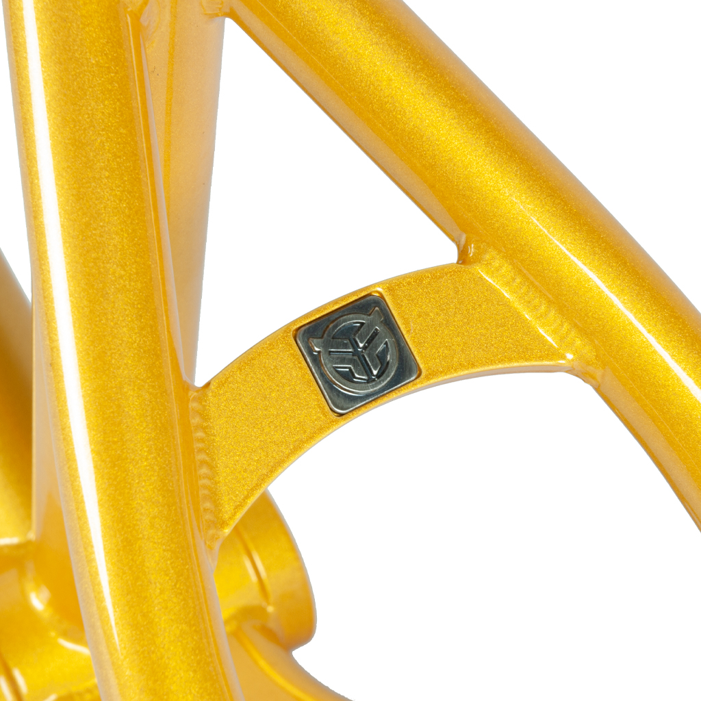 Investment-Cast-Sattelstrebenbridge mit eingelassenen Logo-Abzeichen von Federal Bikes