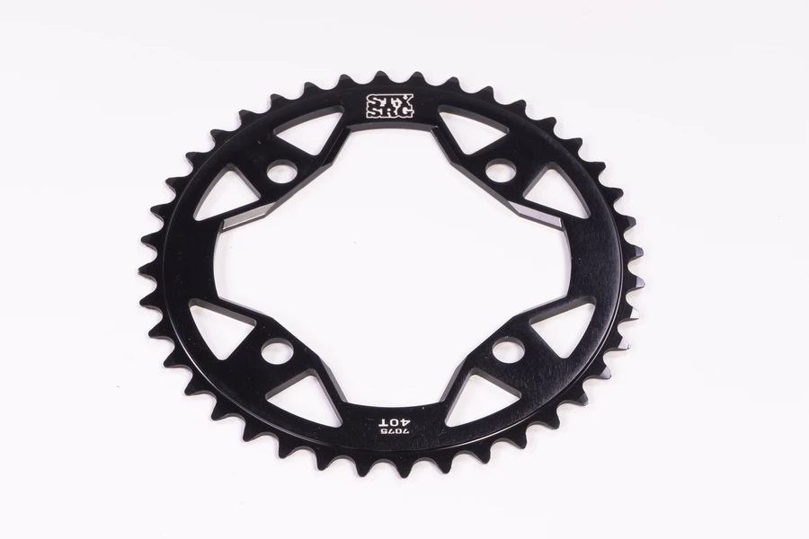 Stay Strong BMX Kettenblatt Größen: 38, 39, 40, 41, 42 und 45 Zähne Material: 6061 Aluminium (4 mm) Gewicht: 45 g