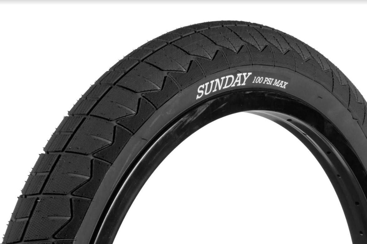 Sunday Bikes Current V2 Tire (2,4'') in schwarz