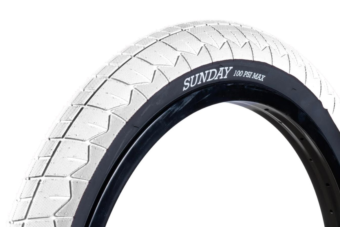 Sunday Bikes Current V2 Tire (2,4'') in weiß