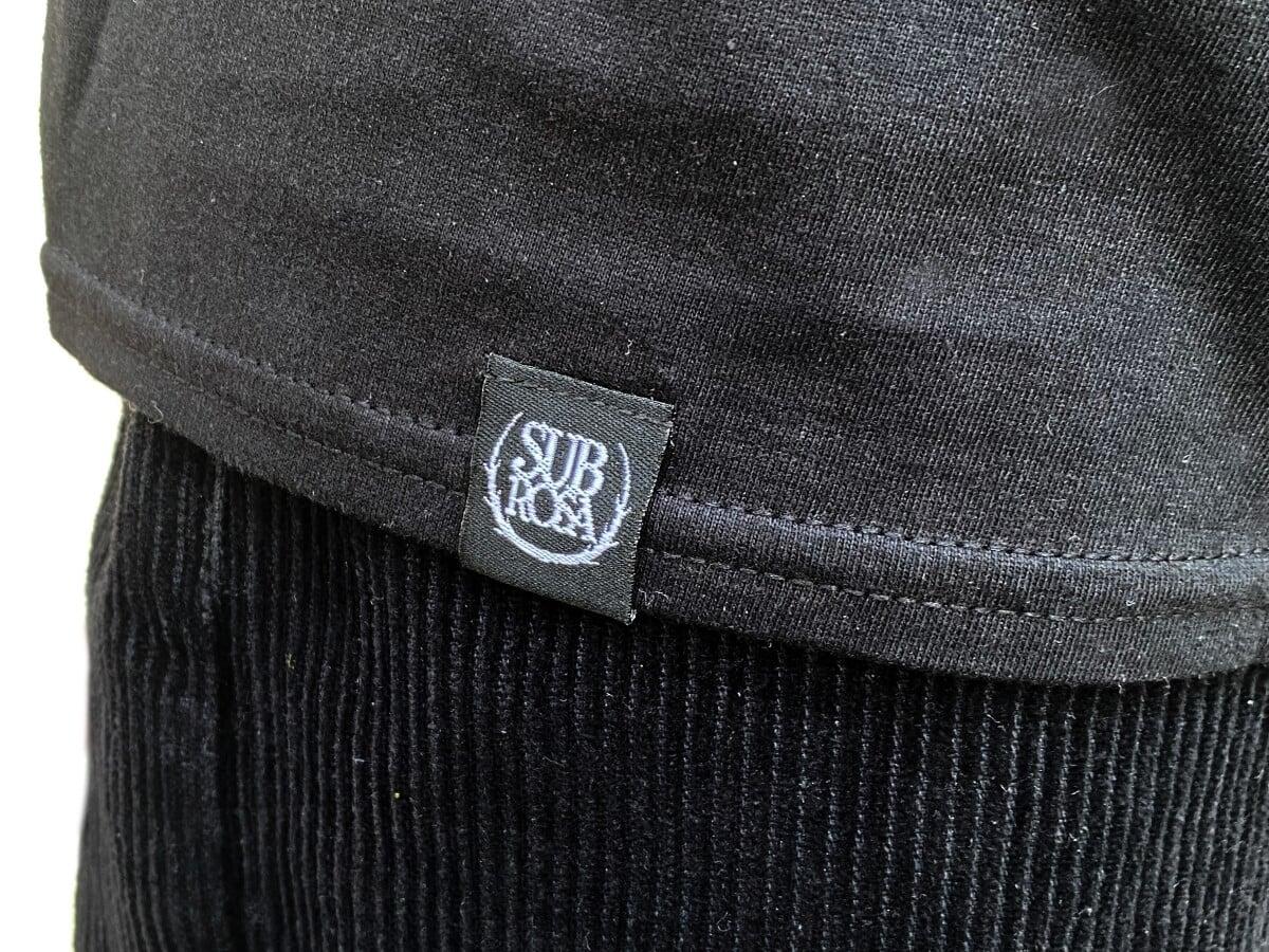kunstform-subrosa-shirt-schwarz-detail