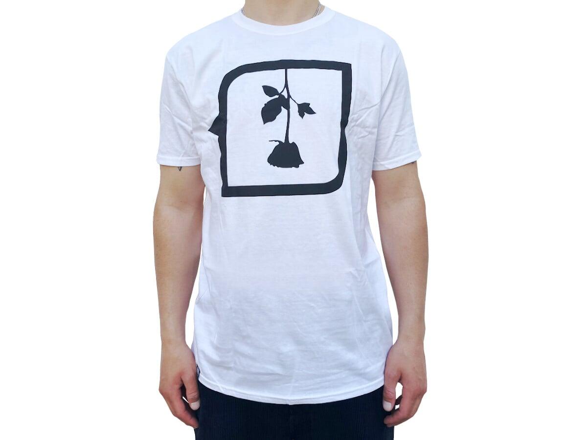 kunstform-subrosa-shirt-weiss
