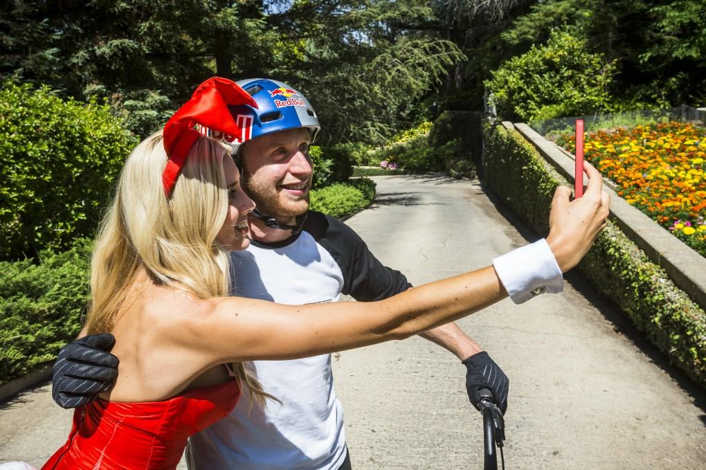 Schnell noch ein Selfie...; Foto:Red Bull