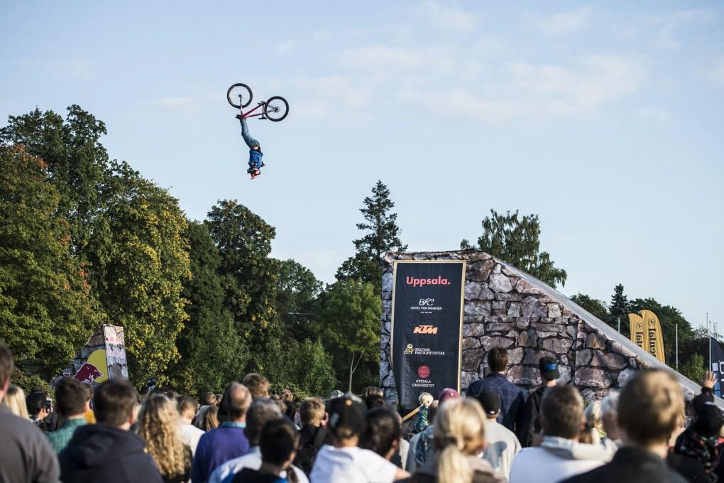 Antoni Villoni flog kopfüber direkt auf den dritten Platz; Foto: Red Bull
