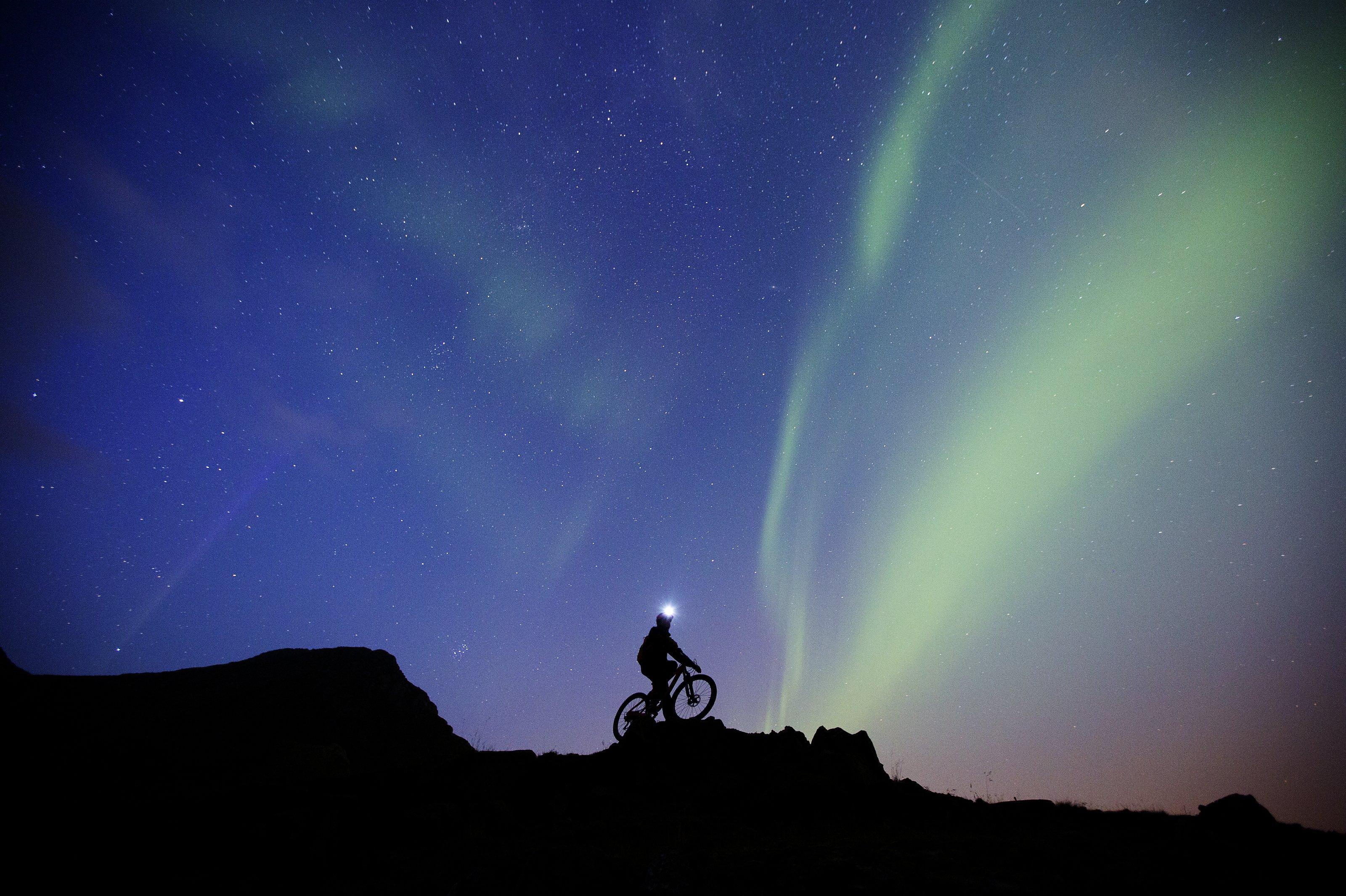 Spektakuläres Ambiente auf den norwegischen Lafoten, Foto: Red Bull